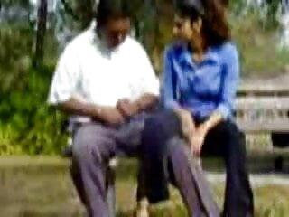 रॉक्सी फुल सेक्सी मूवी वीडियो में वेस्ट कमबख्त एक काला आदमी
