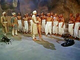 छेदा pussies और निपल्स के शरीर भेदी हिंदी मूवी सेक्सी फिल्म संग्रह 11