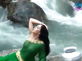 MMF भोजपुरी सेक्सी हिंदी मूवी उभयलिंगी तिकड़ी 88