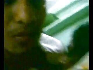 एक्शन आउटडोर में हिंदी में फुल सेक्स मूवी 2 बड़े चूची समलैंगिकों