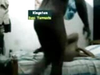 दो बच्चे एक-दूसरे के सेक्सी मूवी फिल्म वीडियो साथ मस्ती करते हुए