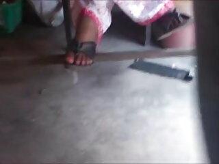 गलफुल्ला गोरा दादी सेक्सी हिंदी मूवी फिल्म छोटी आदमी बकवास