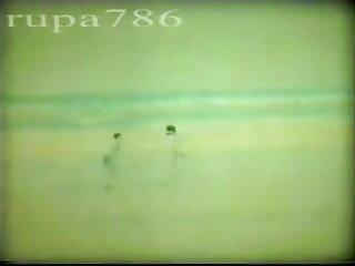 पत्नी फुल सेक्सी मूवी वीडियो में की पीठ के पीछे झटका
