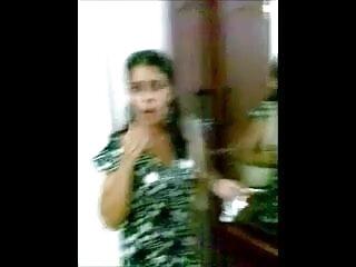 मुझे वीडियो सेक्सी हिंदी मूवी चोदो