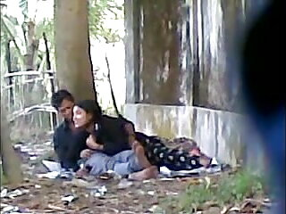 एना फ़ारिस - आई गेट इट ए सेक्सी ब्लू पिक्चर हिंदी मूवी ईयर