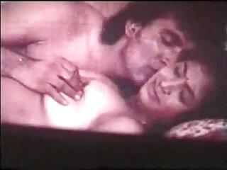 फूहड़ लैटिना अपनी भूख बिल्ली में एक बड़ा डिक लेता सेक्सी वीडियो हिंदी मूवी में है