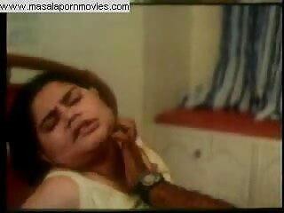 अवा ने एमी को तब तक मौत के घाट उतारा, जब तक कि वह अपने गधे हिंदी सेक्सी फिल्म फुल को नहीं मार देती