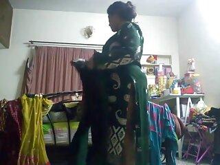 सुनहरे बालों वाली लड़की एक चेहरे हिंदी मूवी वीडियो सेक्सी हो जाता है