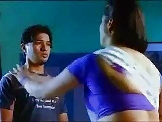 माँ एमआईएलए अपने मुर्गा के सेक्सी फिल्म हिंदी मूवी लिए पर्याप्त नहीं मिल सकता है