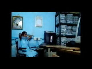 मैक्सी के एक डिल्डो सेक्सी फुल मूवी वीडियो के साथ फिर से जारी