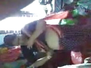 दिल्ली भाभी खुद के साथ सेक्सी मूवी हिंदी में वीडियो खेल रही है