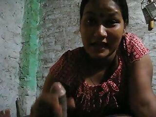 बहुत हिंदी सेक्सी फुल मूवी वीडियो खूबसूरत बेब खेलता है